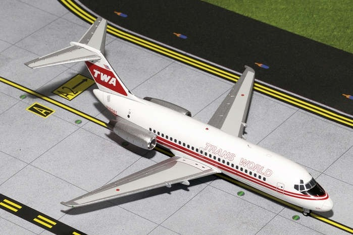 GEMINI200 TWA DC-9-10 Red Stripe